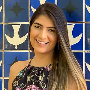 Photo of Camila Pereira